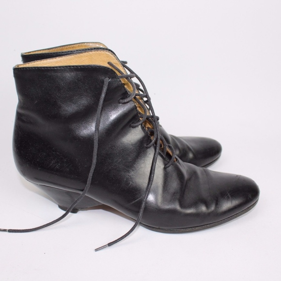 4cdbf803e85 Maison Martin Margiela Shoes - Maison Martin Margiela line 22 calfskin  booties